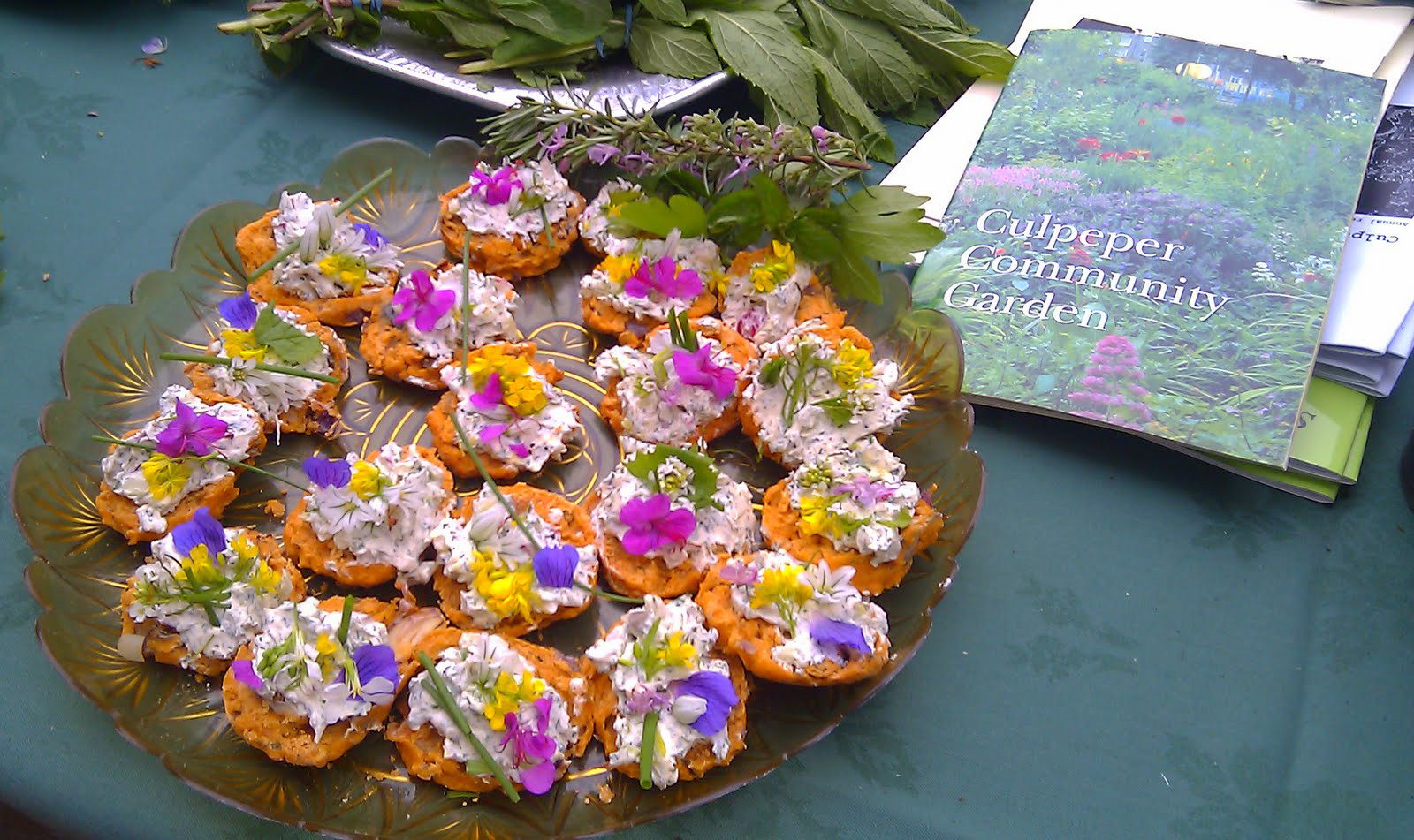 herb scones with Edible flowers